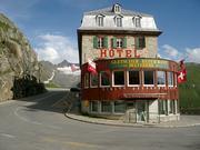Hotel westlich der Furka-Passhöhe